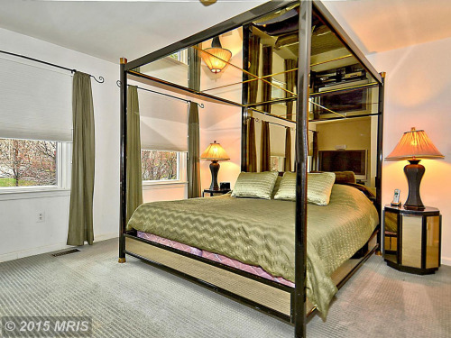 03-terrible-real-estate-agent-photos