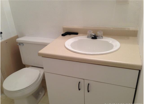 18-terrible-real-estate-agent-photos